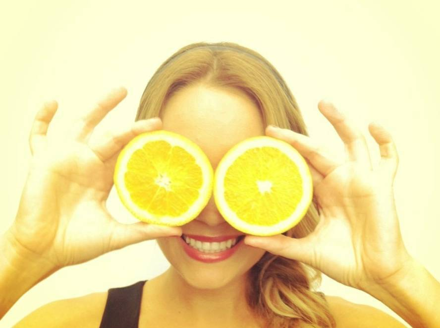 Lemon can be used as an astringent
