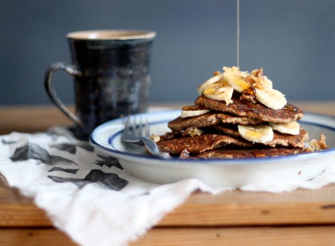 Gluten-Free Oat-Walnut-Banana Pancakes
