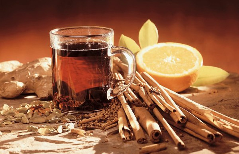 Ginger-Cinnamon Tea with Cranberry, Orange, and Lemon Juice